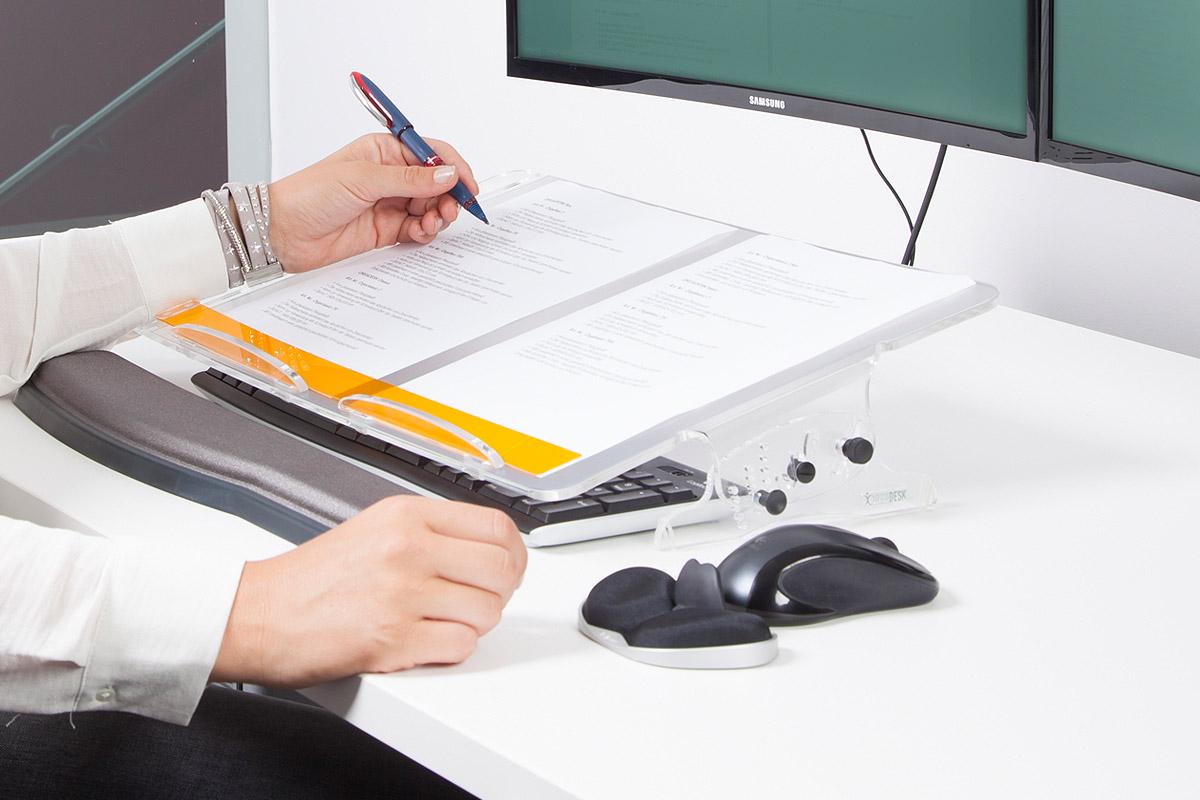 Orgadesk Flex, kann über Tastatur geschoben werden.